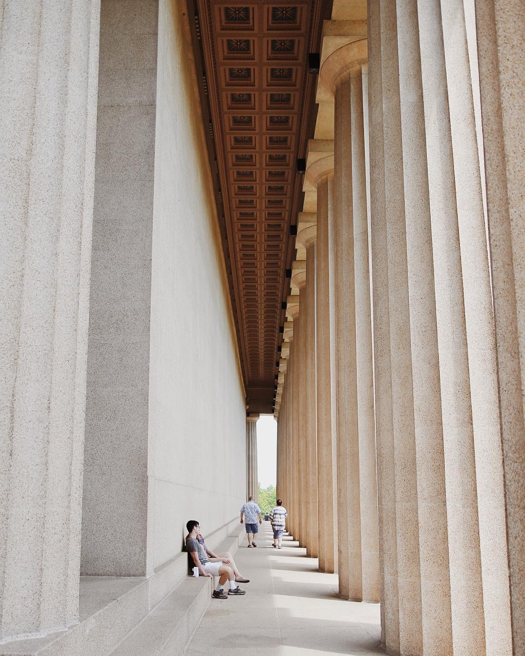 The Parthenon replica, Nashville TN. photo by: instagram.com/benlalisan